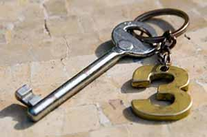 """Photo of a key with a """"3"""" fob"""